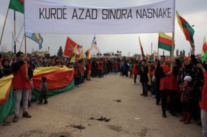 free-kurds-do-nor-recognize-borders-300x199