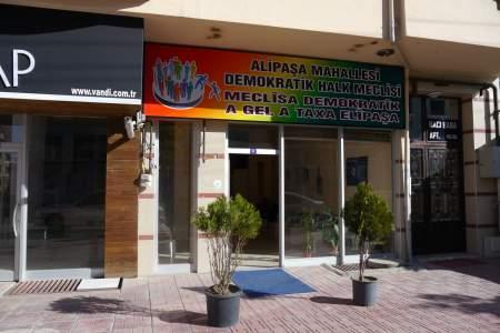 Local donde se celebran las meclîse (asambleas locales)