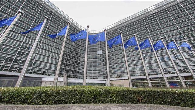 centenar-kurdos-irrumpen-parlamento-europeo_ediima20141007_0313_4