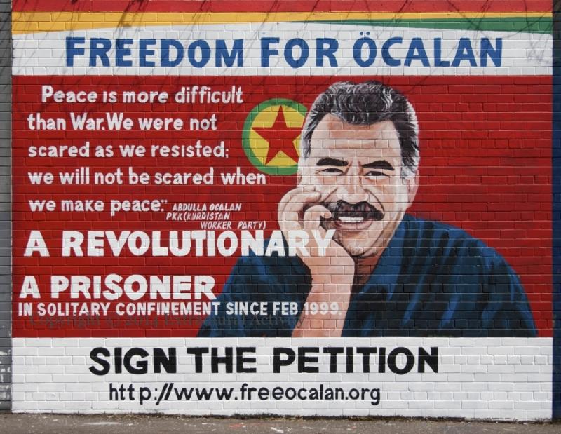 free-ocalan-mural