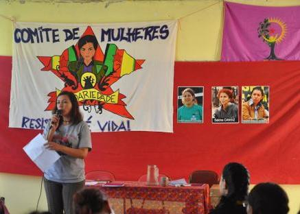 Encuentro_de_Mujeres_Brasil_-_Jineolog_13_