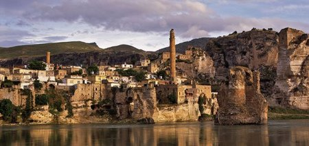 city-of-hasankeyf-turkey-631__800x600_q85_crop