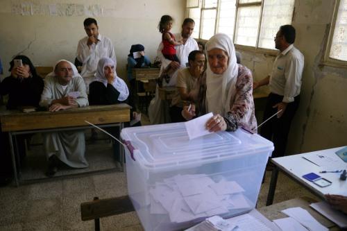 Colegio electoral en la ciudad de Qamishlo, durante las elecciones autoorganizadas de las comunas locales. Septiembre de 2017